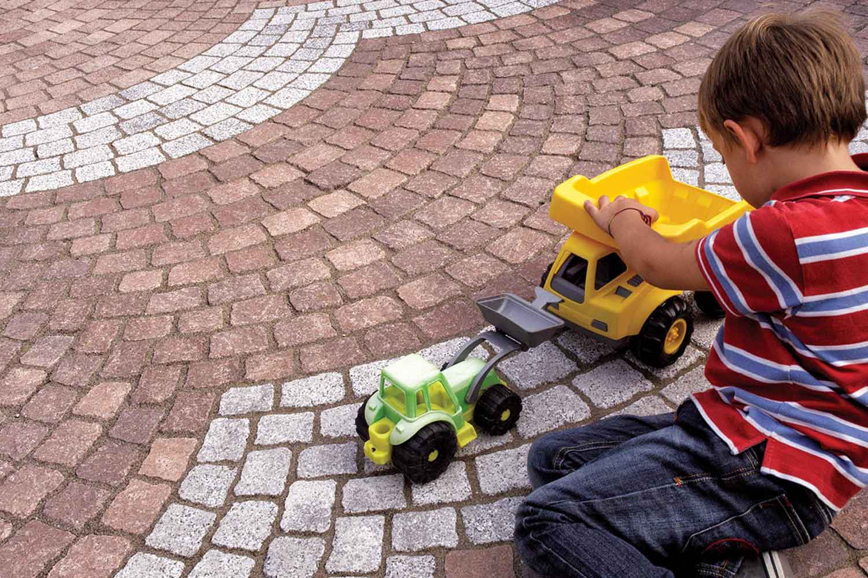 Posa-pavimentazioni-autobloccanti---Arietti-impresa-edile2