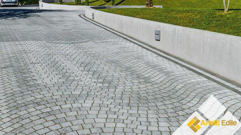 Autobloccanti per pavimenti esterni e da giardino: mattonelle, betonelle, masselli, piastrelle e lastre